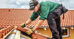 5 signs your roof needs replacing and what it will cost