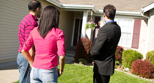 How to negotiate buying a house the right way