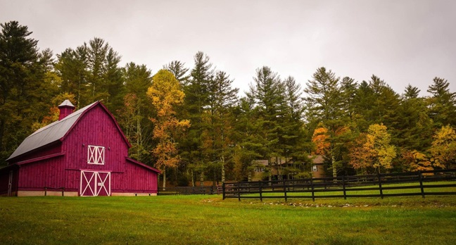 The pros and cons of buying acreage